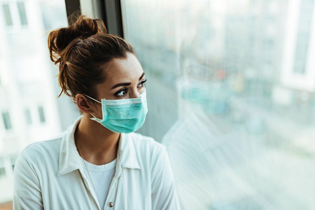 Women wearing a facemask
